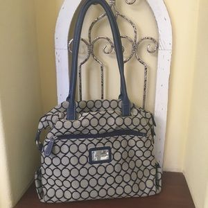 EUC Nine West hand bag. 14by 12 inches
